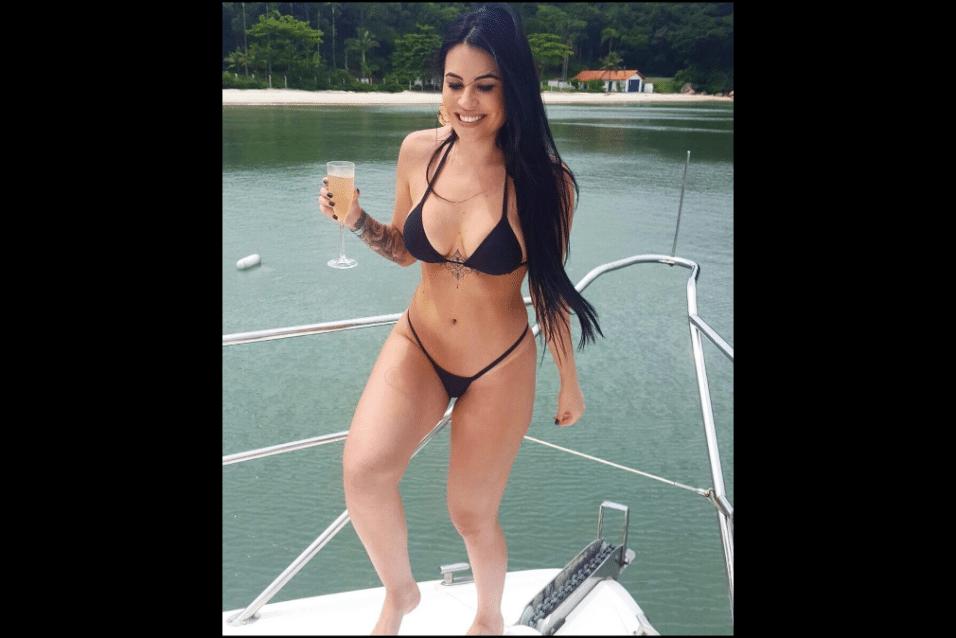 """24.mar.2017 - Além do ensaio para a """"Playboy"""" em 2012, Jéssical Amaral foi estrela de capa da """"Sexy"""" em janeiro de 2016"""