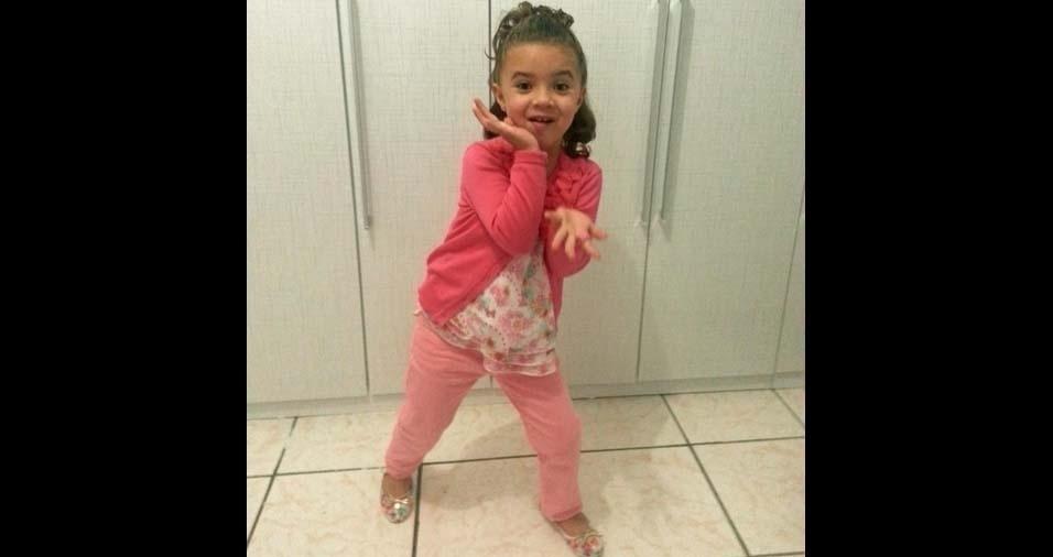 Sandra, de São Paulo (SP), enviou foto da filha Giovana, de sete anos