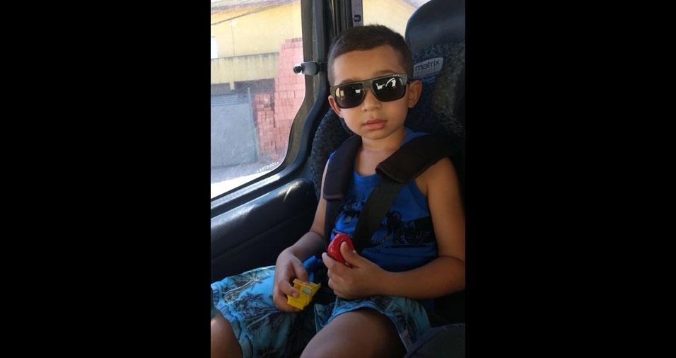 Chrystian, quatro anos, é filho do Vanderlei Cesário Gonçalves