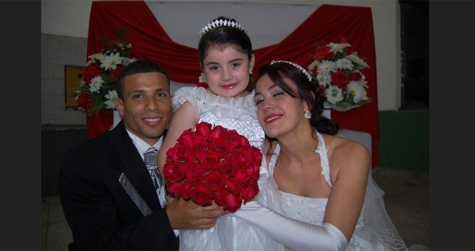 Willian e Tatiana Campos Candido se casaram no dia 19/10/13, em Santa Isabel (SP)