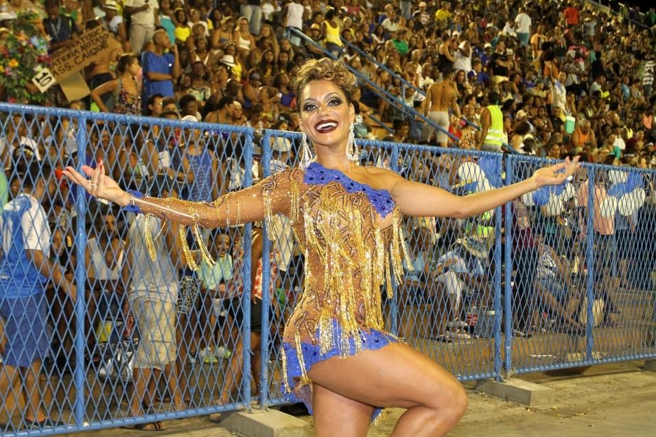 12.fev.2017 - Eleita duas vezes rainha do Carnaval do Rio de Janeiro, Ana Paula Evangelista prestigiou o ensaio técnico da Unidos da Tijuca
