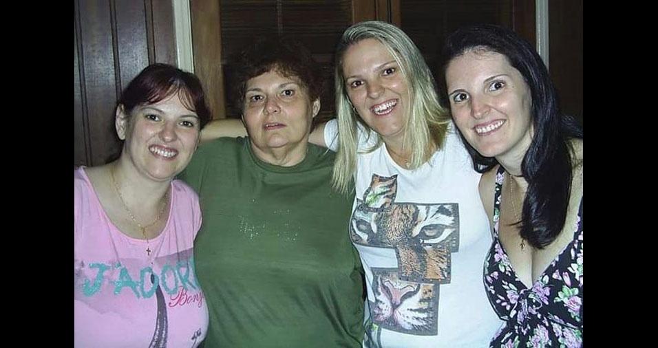 Ivete Gatto com as filhas Andrea, Adriana e Andrey, de Jundiaí (SP)