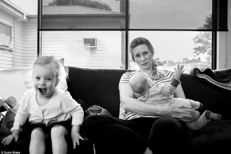 17.nov.2015 - A fotógrafa Suzie Blake viajará por outros países, como a Inglaterra, para ampliar o projeto