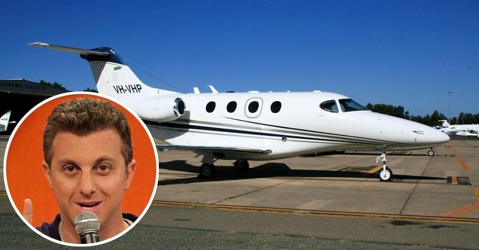4. Luciano Huck viaja em um Beechcraft Hawker 200 Premier I, monoplano bimotor para até sete passageiros, com autonomia de 2,1 mil quilômetros. Usado, custa em torno de US$ 2,1 milhões