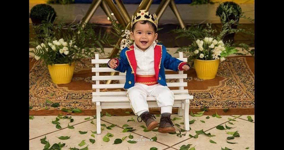 """Taiz Rafaella, de Ourinhos (SP), enviou foto do filho Davi Luiz, de um ano e um mês: """"Ter meu filho em minha vida foi a melhor coisa que me aconteceu. Eu amo meu pequeno príncipe!"""""""