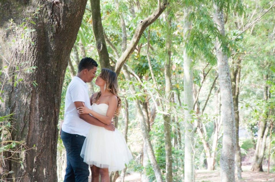 Janine e Henrique se casaram no dia 22 de novembro de 2014, em Betim (MG)