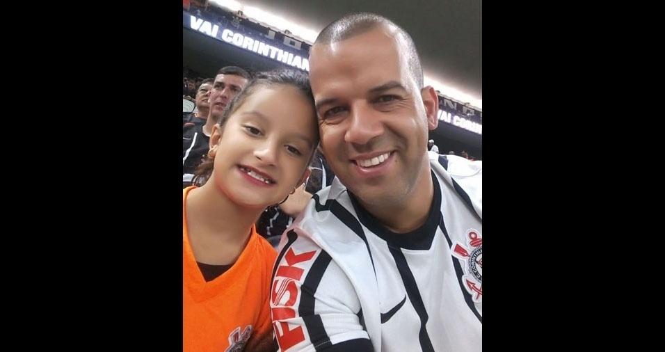 Maria Eduarda Lopes Brito com o papai Ralf Dias de Brito, de São Paulo (SP)