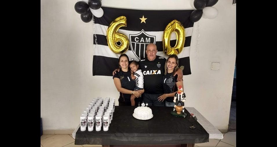 Laury Ramos de Lima com suas filhas Erika Ramos de Lima e Evelyn Ramos de Lima, e sua Neta Geovana Lima da Vitória, de Cariacica (ES)