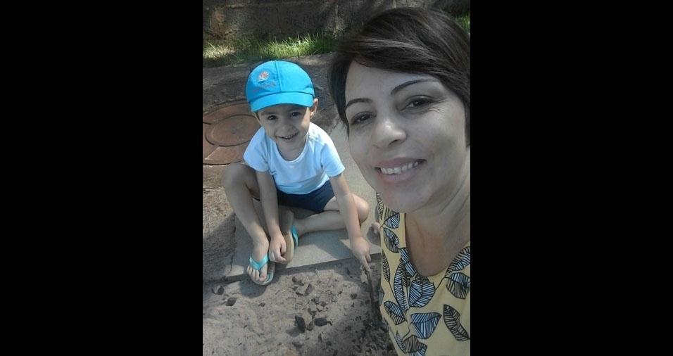 """Pedro com a mamãe Andréia: """"Você é meu cantinho predileto. Te amo"""""""