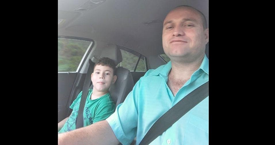 Papai Robson dando um rolê com o filho Matheus, de São Paulo (SP)