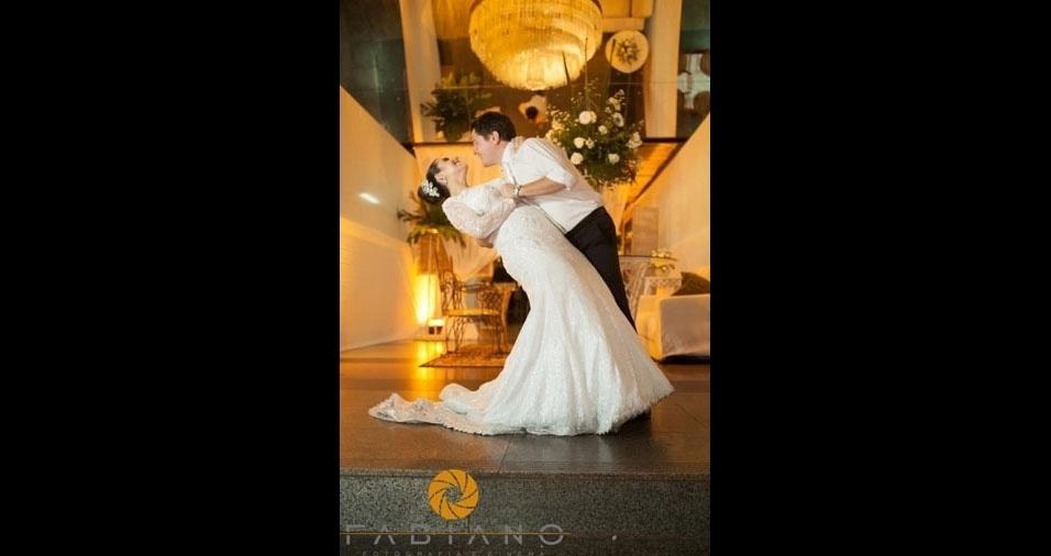 Wesley Ferreira Basalia e Isabela Pessolato de Oliveira Basalia se casaram no dia 8 de junho de 2013, em Olímpia (SP)