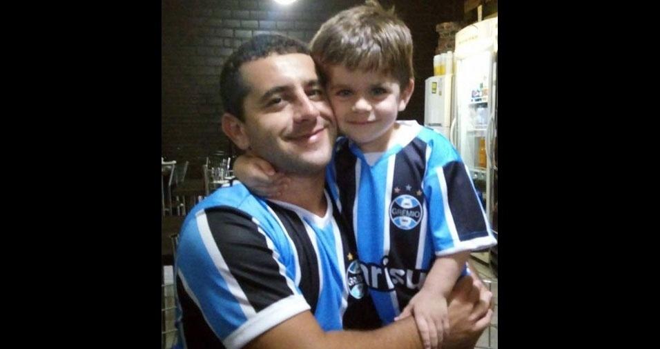 Mateus com o papai Junior, de Triunfo (RS)