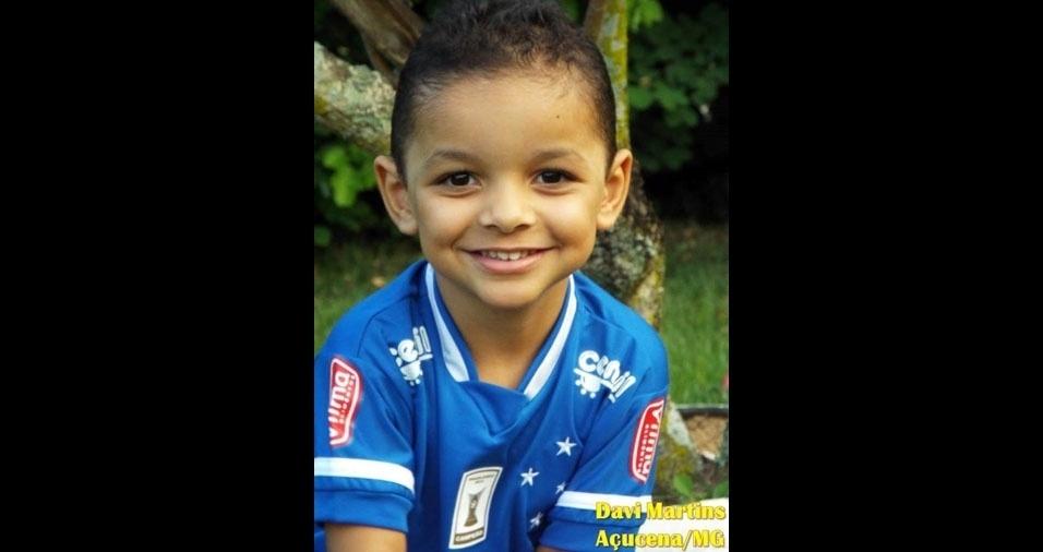 Emiliana e Janderson eniaram foto do filho Davi, de Açucena (MG)