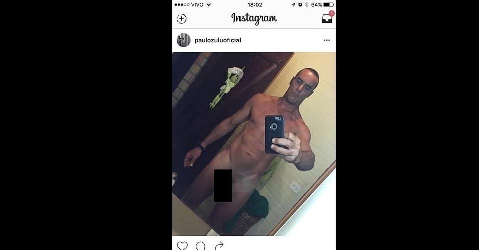"""11.set.2016 - O ator e modelo Paulo Zulu deu o que falar com uma """"nude"""" postada em sua conta do Instagram na noite deste domingo (11) no Instagram. Pouco tempo após a publicação da foto em que aparecia completamente nu, a imagem foi deletada e Paulo se desculpou com os internautas: """"Peço desculpas por uma foto íntima que foi hackeada, mas consegui deletar. Desculpas pelo acontecido, mesmo não tendo culpa, me sinto mal com o ocorrido"""", escreveu na web"""