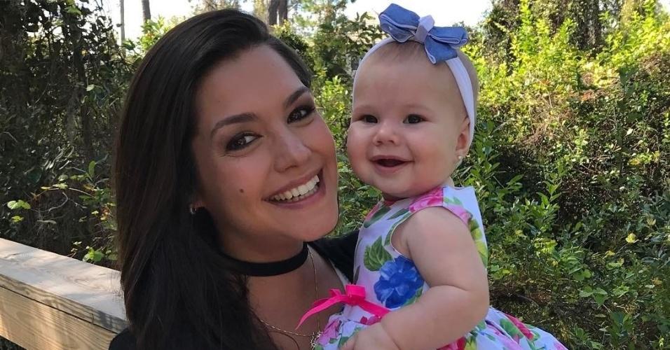 1°.abr.2017 - Thaís Fersoza não poupou elogios à filha Melinda em foto publicada no Instagram para comemorar os 8 meses da pequena.