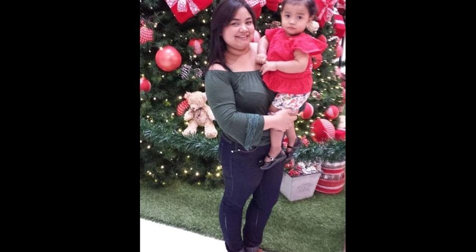 Eva Mikaelle é a mãe da Eduarda, de dois aninhos. Elas moram em São Paulo (SP)