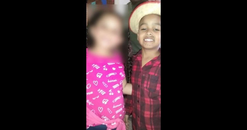 Bernardo Augusto, seis anos, de Belo Horizonte (MG), em foto que a mamãe Karla Santos enviou para o BOL