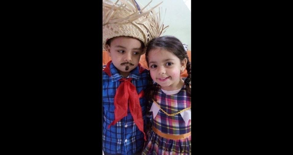 Juliana Renata Godoy Molina enviou foto dos filhos Arthur Vinicius, cinco anos, e Sophia Nicolly, quatro anos, de Mogi das Cruzes (SP)