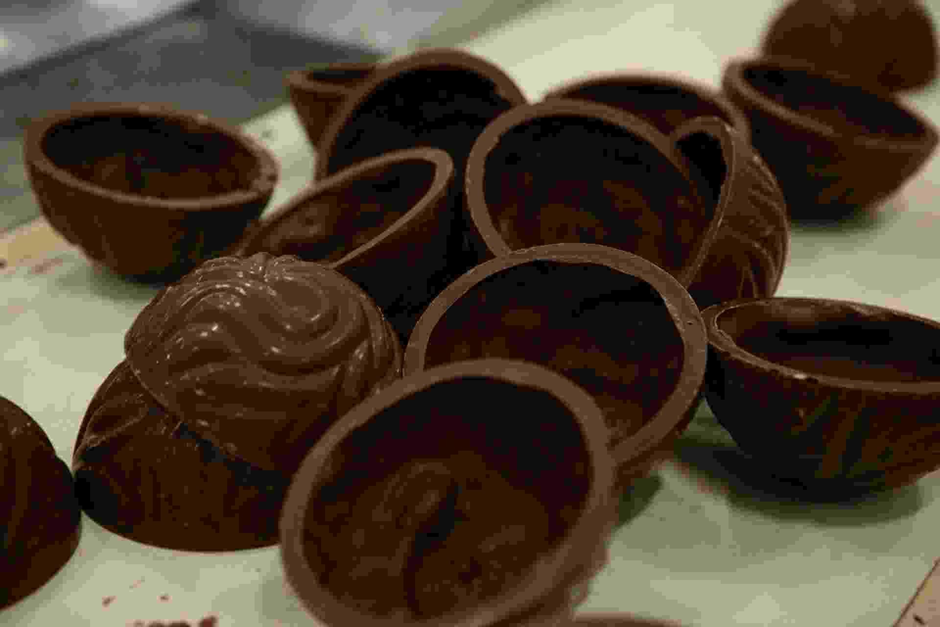 Fábrica de ovos de Páscoa da Cacau Show - Monalisa Lins/BOL