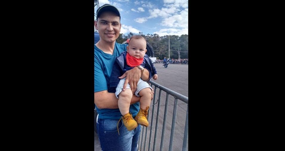 Papai Matheus e o filho Miguel