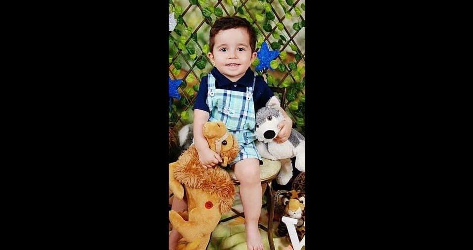 Vinícius e Andréia enviaram foto do filho Vitor, de dois anos, de Araras (SP)