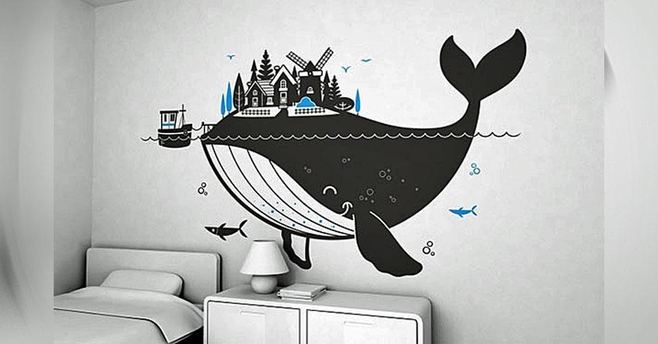 12. Uma ilha-baleia adesivada na parede