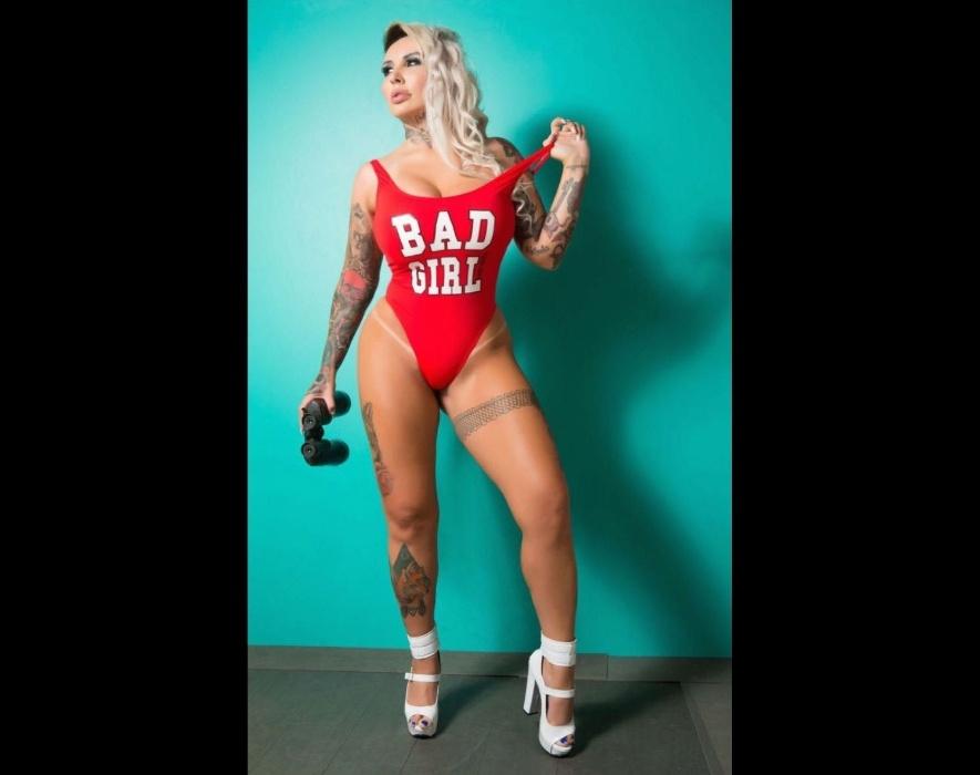 """22.dez.2016 - Prestes a completar 32 anos, Sabrina Boing Boing mostrou que está satisfeita com o corpo: """"Estou na minha melhor fase"""", revelou a modelo"""
