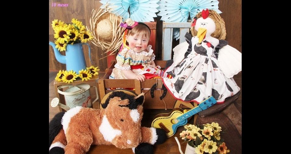"""Danilo Henrique Sanches enviou foto da """"caipirinha mais linda"""", a filha Aurora, de  dez meses. Eles são da cidade de Mirassol (SP)"""