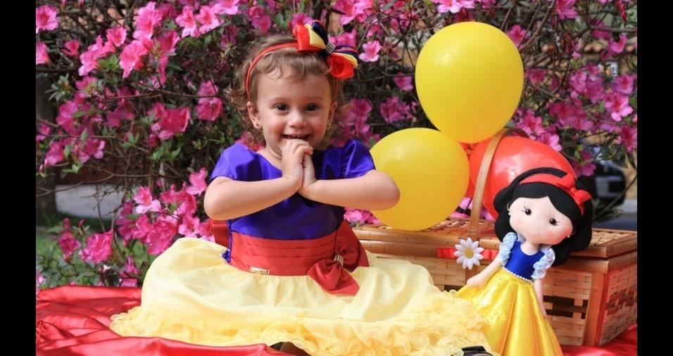 Deiviane enviou foto da filha Mariana de dois anos