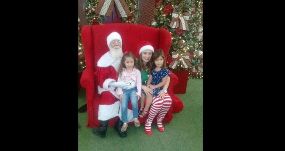 Carlos Marcelo Batscher, de São Paulo (SP), enviou foto da filha Bianca com a prima Letícia