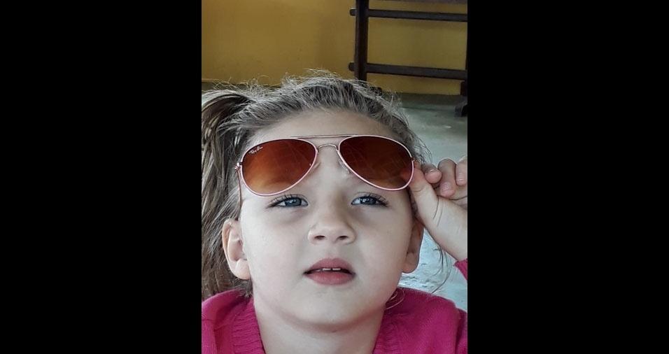 Clara, cinco anos, é filho de Dhieime Miranda, de Catuji (MG)