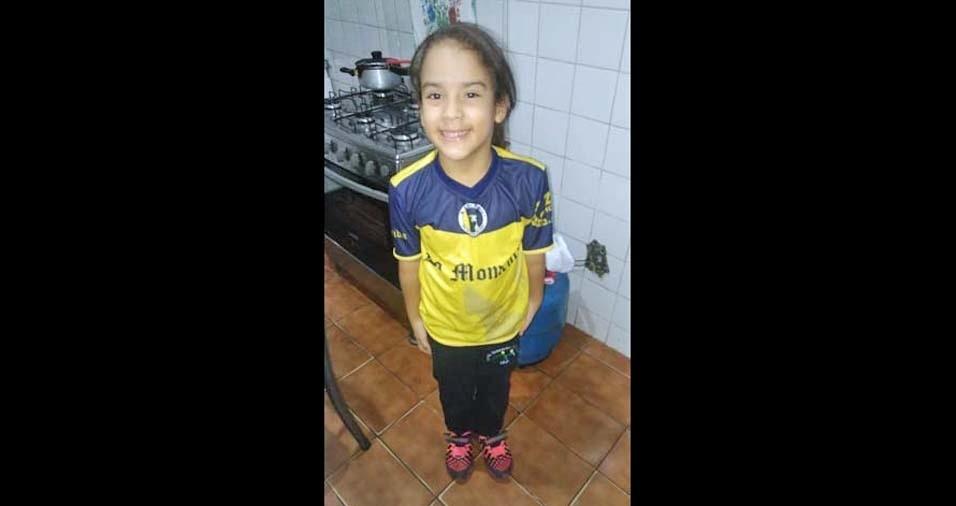 O pai Alex enviou foto da filha Isabelly, de sete anos, de Diadema (SP)