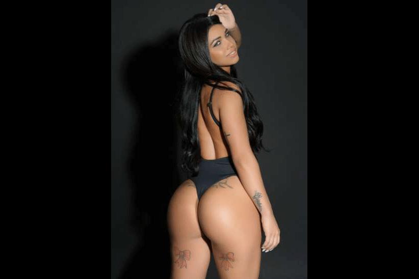 12.mai.2017 - Grasi Mattos, representante de Minas Gerais. Organizador do Miss Bumbum, Cacau Oliver revelou que pretende tornar o concurso ao mesmo tempo mais pop e sexy