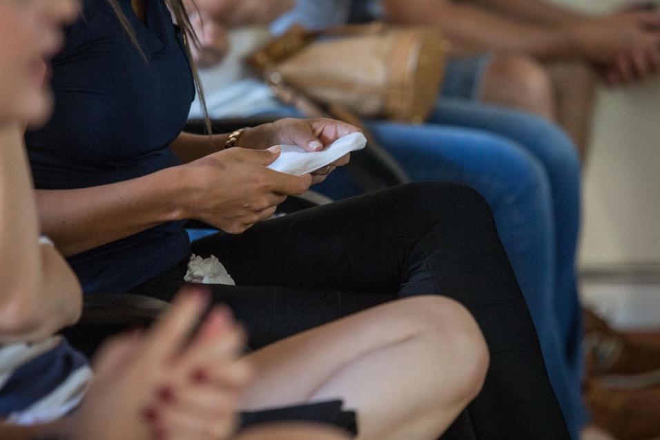 Grupo Sobre Viver. Por fim, o terceiro objetivo do grupo de acolhimento é o incentivo. Segundo Flávia, aquelas mulheres precisam começar a sentir vontade de fazer atividades que deem prazer a elas. Seja uma academia, artesanato, caminhada, o que elas tiverem de interesse. Esses são os primeiros passos para que a vida das mães volte à rotina