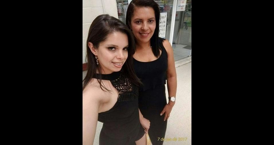 Wilma Carla da Silva com a mâe Maria do Carmo, de Santana de Parnaíba (SP)