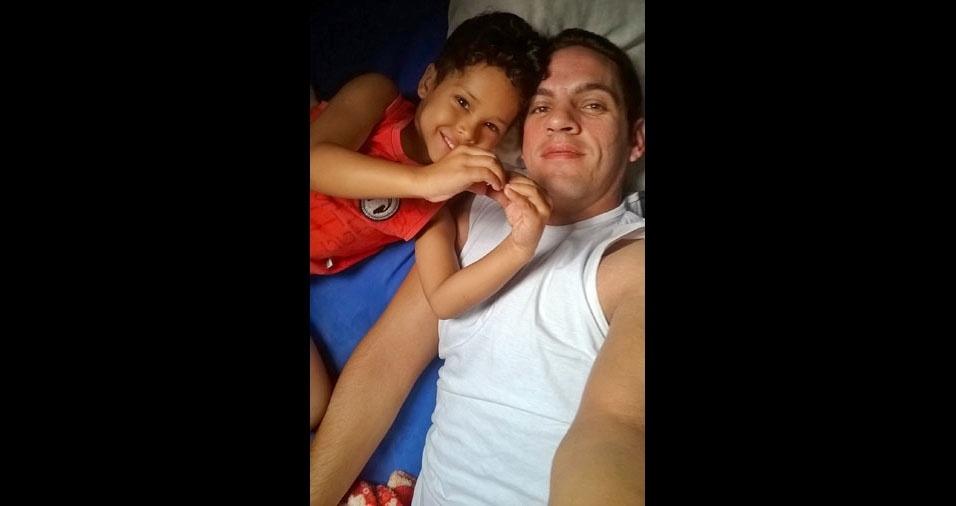 Alexsandro com filho Gabriel