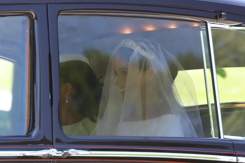 A noiva Meghan Markle chega ao Castelo para a cerimônia