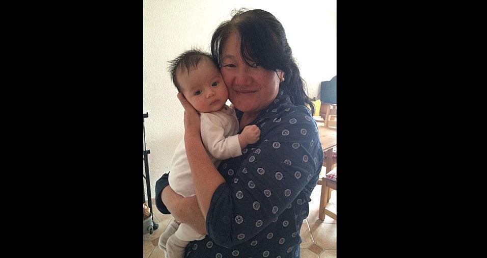 Todo amor da vovó Edna Akico Viski Rodrigues, de Visconde de Mauá (RJ),  pela sua netinha Juliette
