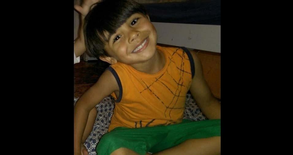 Josiane e Charles enviaram foto do filho Gustavo, de Barra Mansa (RJ)