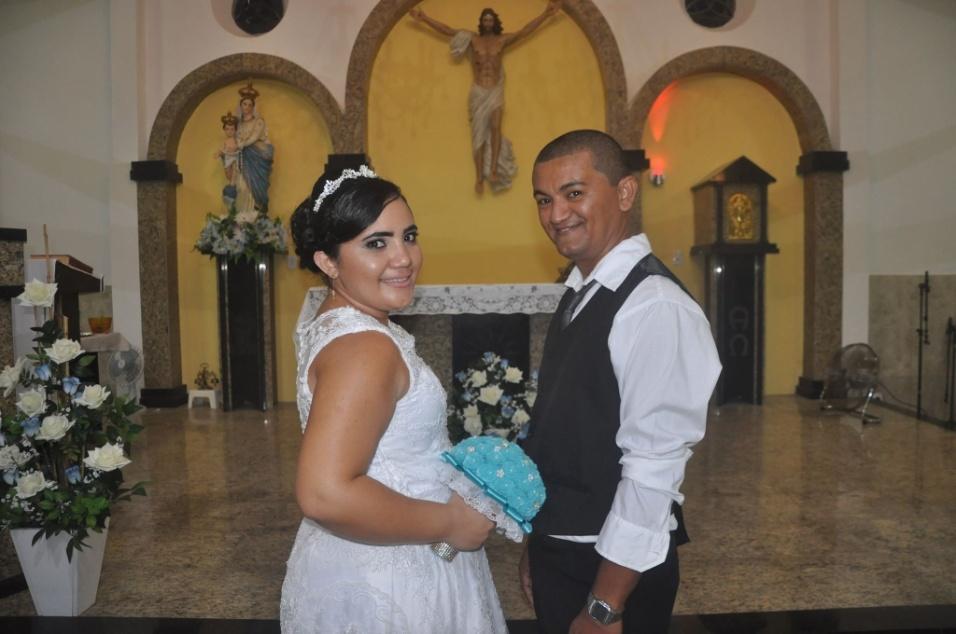 José Vitor de Moura Filho e Ana Paula Procópio de Sousa, casados na Paróquia Nossa Senhora do Livramento Uruoca (CE), no dia 20 de maio de 2017