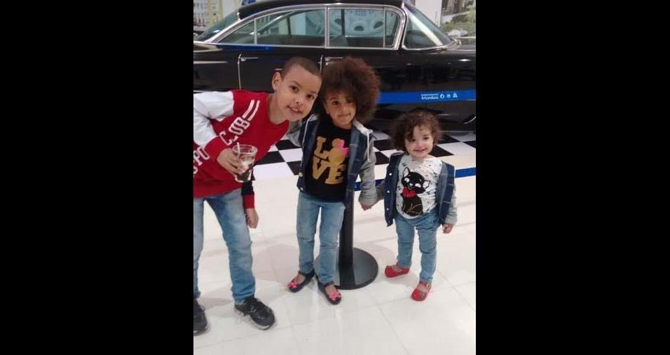 Beatriz, de São Paulo (SP), enviou foto dos filhos Lucas, de oito anos, Lavínia, de três anos, e Lorena, de um ano