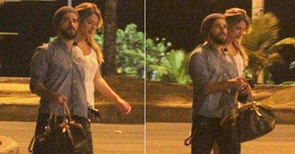 15.ago.2012 - Bruno Gagliasso e Giovanna Ewbank são flagrados juntos pela primeira vez após a reconciliação
