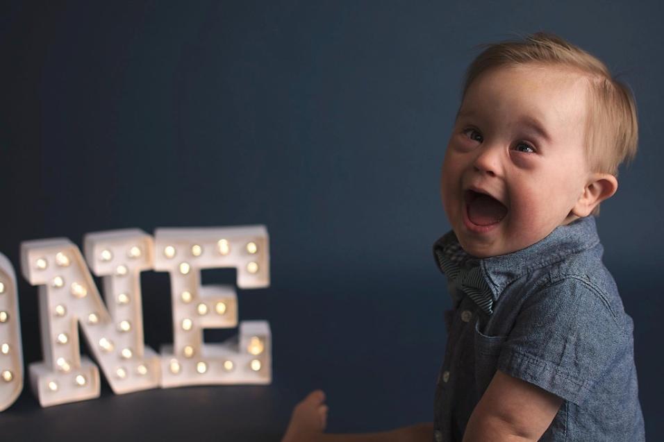 1°.nov.2016 - Asher Nash tem 15 meses de vida e mora em Buford, nos Estados Unidos