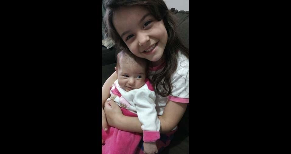 Karen, de São Bernardo do Campo (SP), enviou a foto das filhas Giulia e Alice