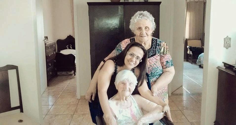 Joseli Maria com a mãe Flavia e a avó Goricia, de São Paulo (SP)