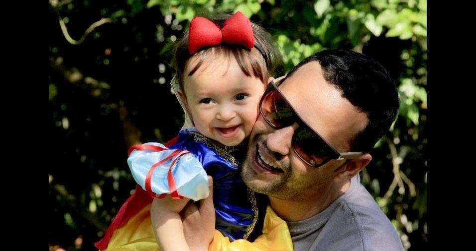 Pai Ricardo e sua princesa Vitória