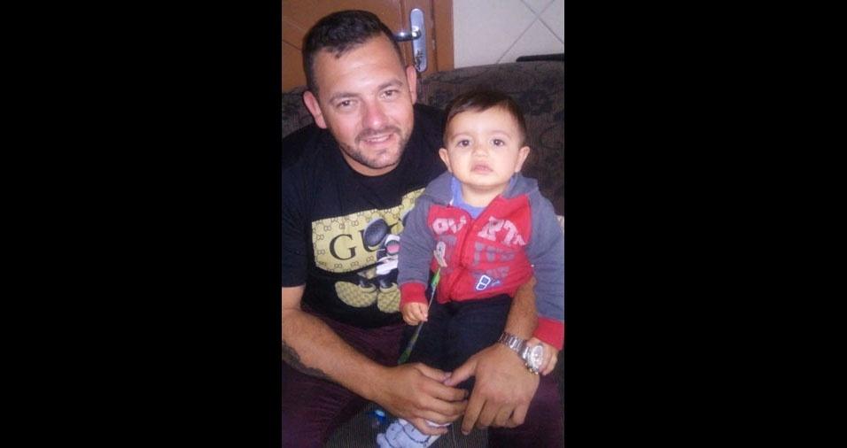 O Thiago Armindo, de Biguaçu (SC), mandou a foto com o Benjamin