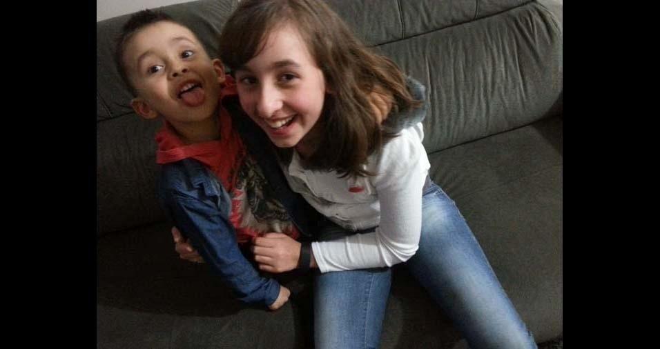 Luciano e Goreti, de Caxias do Sul (RS), enviaram foto dos filhos Emily e Murilo