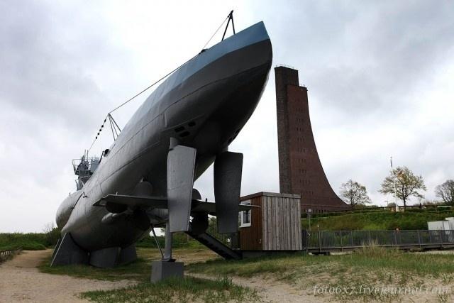 30.jul.2015 - O submarino alemão U-995 está aberto à visitação no Laboe Naval Memorial, na Alemanha