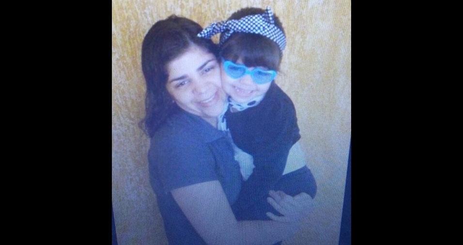 """Júlia, de Sao Paulo (SP), faz homenagem à sua mãe Ana Paula: """"Amor eterno"""""""